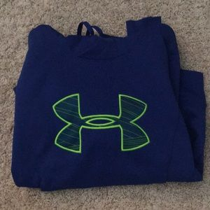 UnderArmour women's sweatshirt